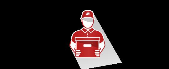 Homme en uniforme et casquette rouge portant une boîte d'archives